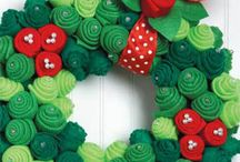 Wreaths / A collection of creative and beautiful wreaths