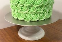 Buttersweet Bakeshop / Ocala Wedding & Events Expo 2016 Partner. / Here at BB, we use Swiss Meringue Buttercream. Meringue-based and using real butter, SMB has a smooth, creamy texture and slightly buttery taste.  http://www.buttersweetbakeshopocala.com Amy Casaletto 352-216-5011
