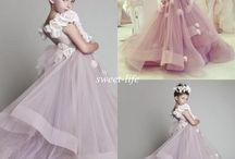 Платья с цветами для девочек