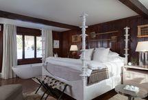 bathtubs in bedrooms!!!