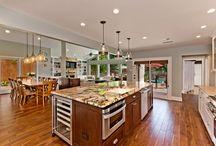 Dream Kitchens / Kitchen renovation inspiration.