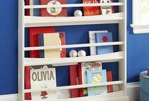 Home: Boy's room / by Soraya Deborggraeve