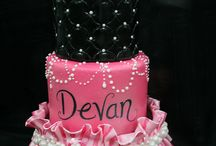 Pretty bday cake
