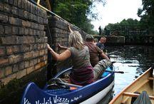 Finowkanal / Der Finowkanal ist die alte schiffbare Verbindung zwischen der Havel und der Oder. Zusammen mit einigen weiter führenden Kanälen bietet er Stille, viel Natur und den Hauch der Geschichte in vielen Facetten, da er durch alte Industriebrachen der Gründerzeit führt. Das Schiffshebewerk Niederfinow liegt nur wenig abseits und ist immer einen Besuch wert.