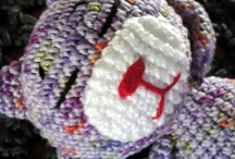 Crafting: Yarn Critters~n~Babies / by Peggy Pettis
