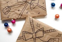 wraping gifts