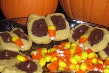 Holiday - Halloween  / Fun Halloween Treats / by Beverly Austin