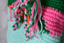 Crochet bag patterns / A selection of crochet bag patterns to make at home