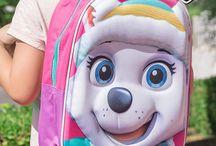 Patrulla Canina, Frozen, Trolls, Spiderman... / Mochilas y accesorios de la Patrulla Canina, Frozen, Trolls, Spiderman... los héroes televisivos de los más pequeños.
