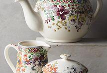 Tea pot / 공예도자