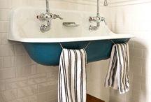 5701 Hall Bathroom / by Jennifer Mendelsohn
