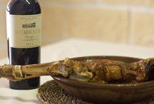 Carnes / Las carnes más sabrosas, lechazo IGP Castilla y León...riégalas con los tintos de Grupo Matarromera ¡y disfruta! www.restauranteespadana.es
