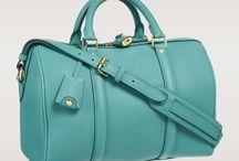 me encanta este Louis Vuitton =) / by claudia lorena flores avila