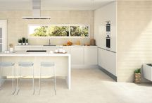 Cocinas: Pavimentos y revestimientos / ¿Quieres cambiar el pavimento o revestimiento de tu cocina y necesitas ayuda? En este tablero encontraras la inspiración que buscas.