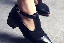 • Black Shoes/UncleBoots •