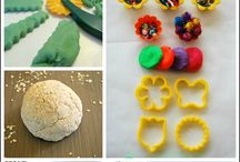 * PLAY DOUGHS & CLAY / Recipes for play dough, cloud dough, salt dough, and clay.  Includes activities incorporating these doughs and clays too!