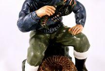 figurines, sculptures