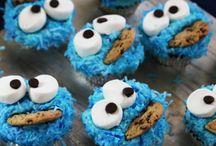 Birthday Cakes & Cupcakes