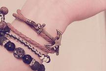 bracelet / bracelet. 팔찌.