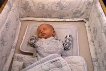 Baby Bettwäsche Bettset Kinderbettwäsche / Bettausstattung von HOBEA-Germany:  Babybettwäsche Steppbett Bettbezüge und Nestchen für einen gesunden Schlaf