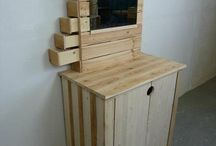 Pallet Dresser / DIY pallet dresser and pallet dresser plans for your home.