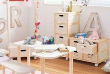kids rooms / by Danielle Scott
