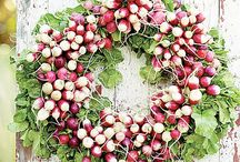 Wreaths & Floral Decor / by Barbara Skeen