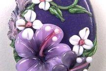 Çiçek broş