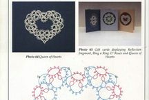 Tatting. Hearts