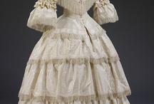 Vestidos antiguos (desde antaño hasta principios S.XIX)