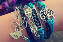 Bracelletes