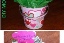 pénz ajándék