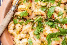 Rezepte│Marokkanisch / Marokko ist ein Schlaraffenland für Genießer: LAVIVA zeigt Ihnen, wie Sie Couscous richtig zubereiten und wie Garnelen lecker gelingen.