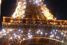 Vacansoleil - Parijs / De stad van de liefde! Ideale bestemming voor een weekendje weg. Bezoek de Notre Dame, slenter door Montmartre, en laat de auto lekker bij de camping staan. Met het openbaar vervoer bent u in een mum van tijd in hartje Parijs. http://www.vacansoleil.nl/themavakanties/stedentrips/parijs/