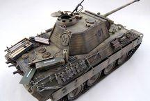 PaKfwg V Ausf. Panter Panzerbefehlswagen (SdKfz 267) / Commander's tank