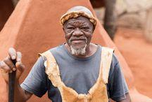 """For that moment in South Africa / For that moment - """"Für genau diesen Moment reisen wir"""" ist das Motto unserer neuen Videoreihe, die im Sommer 2015 ins Leben gerufen wurde. Den Start der Reihe macht Südafrika. Mit dem Mietwagen folgt Ihr den Spuren unserer Filmcrew am untersten Zipfel Afrikas.  Hier geht es zur Reise: http://www.itravel.de/Suedafrika/Suedafrika---For-that-moment/6618/  Hier geht es zum Video: https://www.youtube.com/watch?v=Ey91ouPjD0k"""