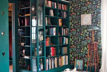 Personal library / Never enough books. Creating a library in your home