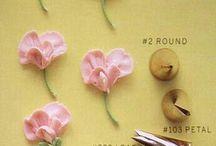 kwiaty z masy maślanej