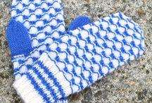 sinivalkoiset lapaset