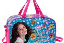 Los mejores regalos de comunion / Fantasia Personajes. Tienda de mochilas, maletas, material escolar y regalos.