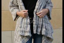 SWETRY W WARKOCZE / Swetry w warkocze robione na drutach.