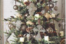 Holidays-Christmas / by Nicole Schoolsky