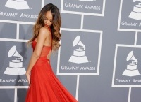 55TH GRAMMYS RED CARPET / by Bridesmaid Look