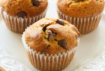Do you know the muffin man / by Hilary Fitzsimmons