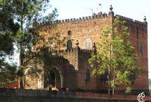 Pelos túneis do Castelo! / Castelinho - Jaboticabal SP - Construido pelo Padre Antônio Ramalho nos anos 70