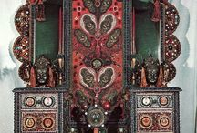 folk art furniture