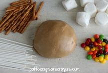Snow Day or Summer Fun Ideas / Fun activities to do with your kiddo's.