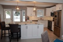 Timeless: White Kitchen / Renovating the most hard working room in the house, the kitchen! This kitchen renovation has it all...ergonomic flow, functionality, soft-closing doors and drawers, optimal work space and most importantly style!