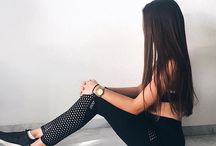 Keep your cool and stay on point in these high-rise mesh panelled tights! Designed with both coverage and ventilation in mind, they will keep you cool
