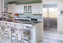 Great Kitchens / by Tammy Gaston